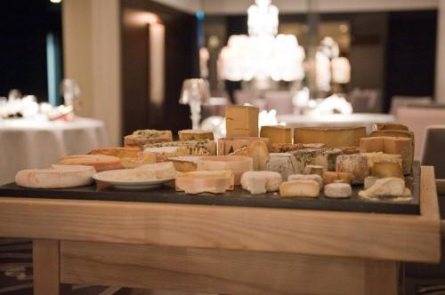 Pre-pre-dessert, the cheese cart
