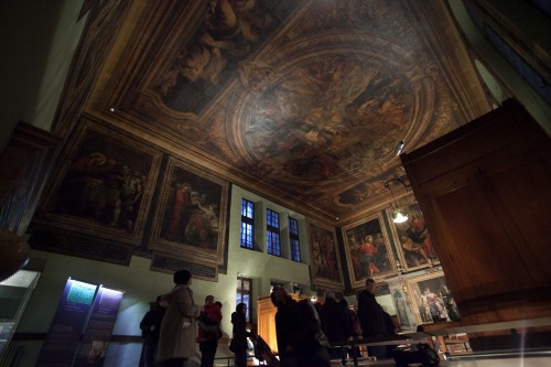 Even the ceiling is decorated with paintings